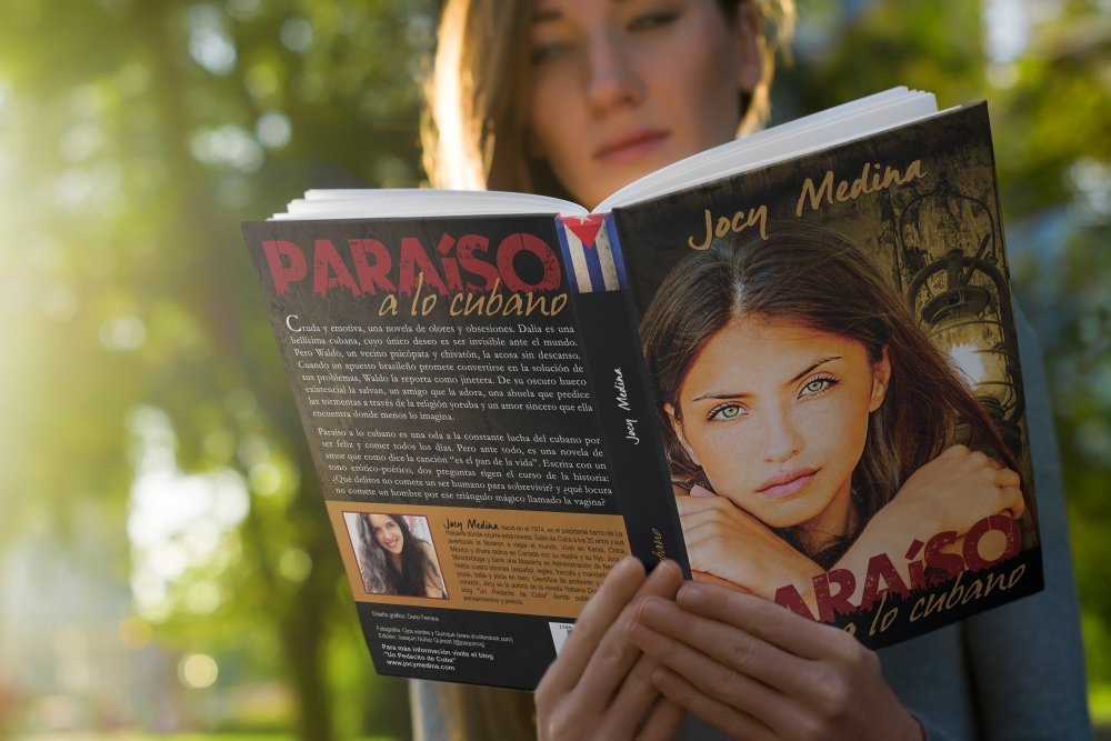 06-book-hard-mockup